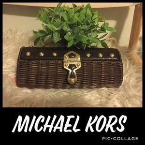 BNWT! Michael Kors Brown Basket Clutch